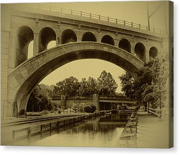 Manayunk Canal In Sepia Canvas Print by Bill Cannon