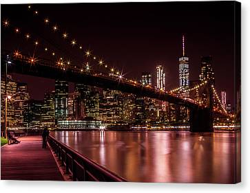 Manhattan Skyline And Brooklyn Bridge Sunset Canvas Print by Melanie Viola