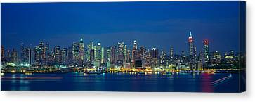 Manhattan Skyline From Weehawken, Nj Canvas Print by Panoramic Images