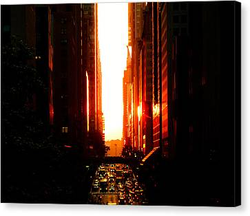 Manhattanhenge Sunset Overlooking Times Square - Nyc Canvas Print by Vivienne Gucwa