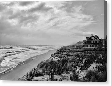 Mantoloking Beach - Jersey Shore Canvas Print by Angie Tirado