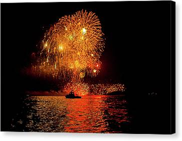 Canvas Print featuring the photograph Marblehead Fireworks by Jeff Folger