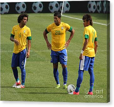 Marcelo Hulk And Neymar Canvas Print by Lee Dos Santos