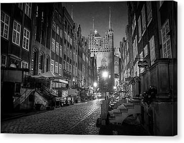 Old Brick Building Canvas Print - Mariacka By Night In Black And White by Carol Japp