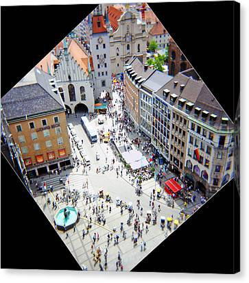 Marienplatz Munich Canvas Print by Kevin Smith