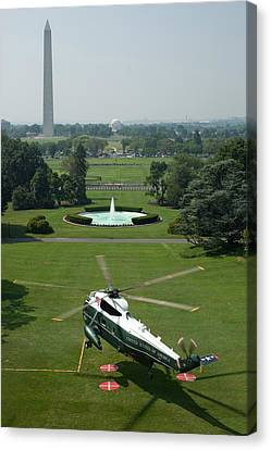 Marine One Lifts Off From The South Canvas Print by Everett