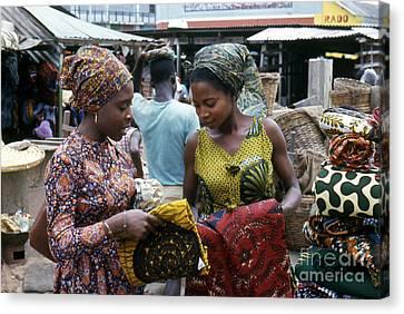 Market In Accra Ghana Canvas Print