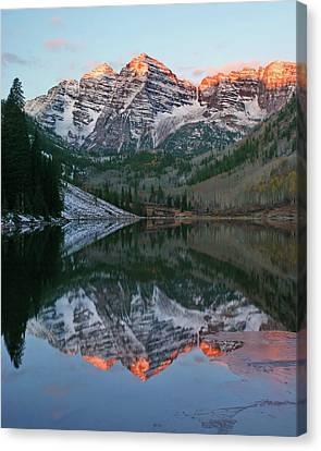 Maroon Bells At Sunrise Canvas Print