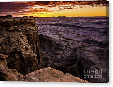 Martian Landscape On Earth - Utah Canvas Print by Gary Whitton