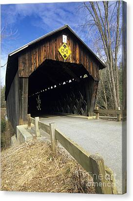 Martinsville Covered Bridge- Hartland Vermont Usa Canvas Print by Erin Paul Donovan