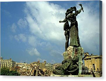 Martyr's Statues In Beirut Canvas Print by Sami Sarkis