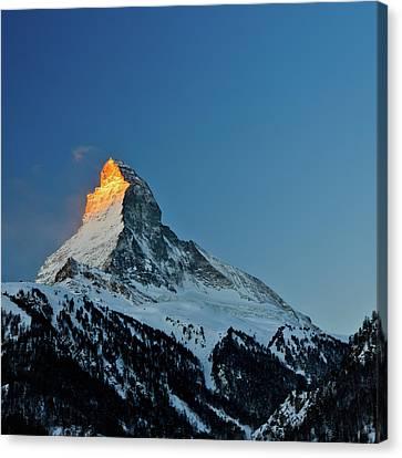 Matterhorn Switzerland Sunrise Canvas Print by Maria Swärd