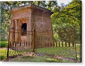 Mausoleum At Chapel Of Ease St. Helena Island Beaufort Sc Canvas Print by Lisa Wooten