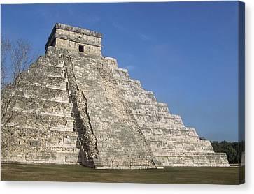 Mayan Ruins At Chichen Itza, Kukulcans Pyramid, Yucatan, Mexico Canvas Print by Tom Brakefield