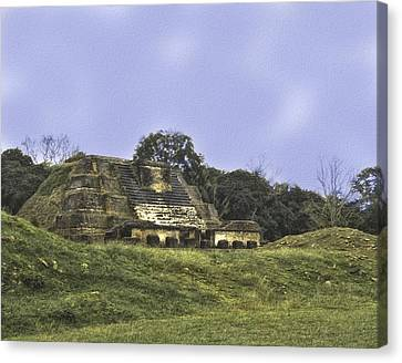 Canvas Print featuring the photograph Mayan Ruins In Belize by Linda Constant