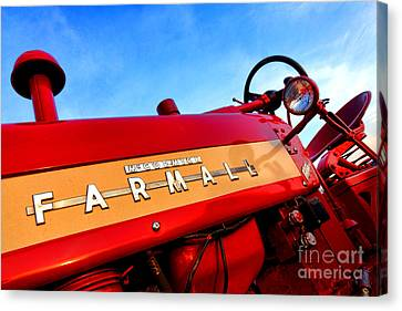 Mccormick Farmall 450 Canvas Print by Olivier Le Queinec