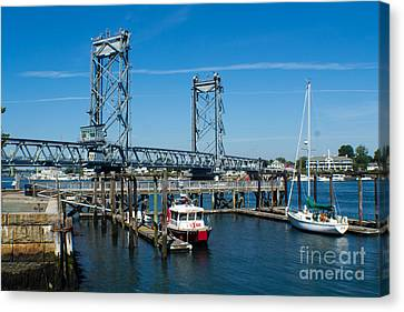 Memorial Bridge Portsmouth Canvas Print