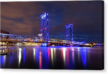 Canvas Print featuring the photograph Memorial Bridge by Robert Clifford