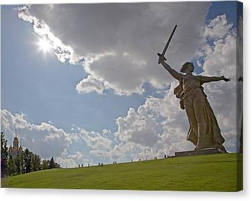 Memorial Of The Second World War In Volgograd Canvas Print