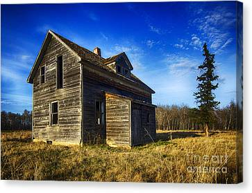 Abandoned House Canvas Print - Memories Of The Past 4 by Bob Christopher