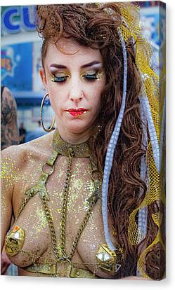 Mermaid Parade Coney Island Nyc 2017 Woman In Gold Chains Canvas Print