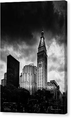 Canvas Print featuring the photograph Met-life Tower by Marvin Spates