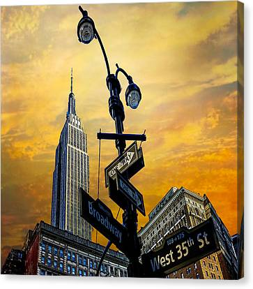 Canvas Print featuring the photograph Midtown Sunset by Chris Lord