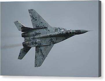 Mikoyan-gurevich Mig-29as  Canvas Print by Tim Beach