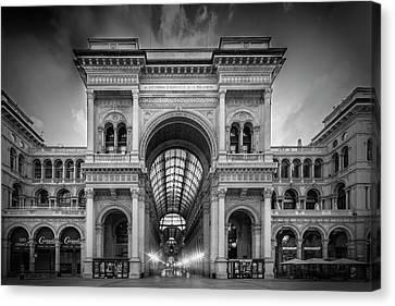 Milan Galleria Vittorio Emanuele II Canvas Print by Melanie Viola