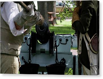 Military Field Artillery Revolutionary War 02 Canvas Print by Thomas Woolworth