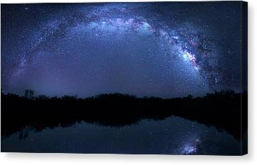Canvas Print featuring the photograph Milky Way At Mrazek Pond by Mark Andrew Thomas