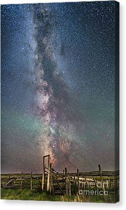 Milky Way Over An Old Ranch Corral Canvas Print by Alan Dyer