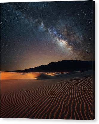 Canvas Print featuring the photograph Milky Way Over Mesquite Dunes by Darren White