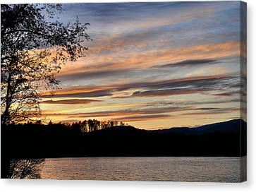 Mill Creek Lake Sun Set Canvas Print by Todd Hostetter