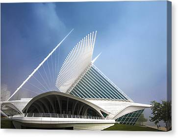 Milwaukee Museum Of Art Milwaukee Wisconsin Blue 2 Canvas Print