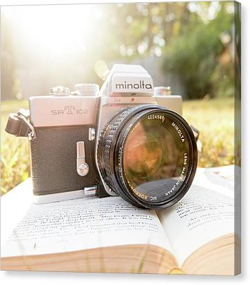 Minolta Sr-t-102 Canvas Print by Jon Woodhams