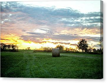 Canvas Print featuring the photograph Missouri Sunset by Wade Courtney