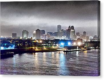Misty Morning In New Orleans Canvas Print by Dan Dooley