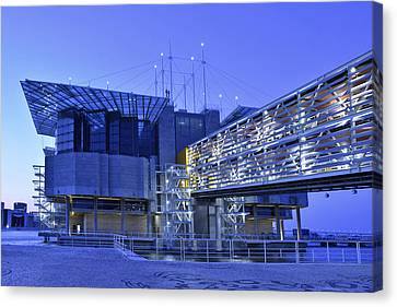 Canvas Print featuring the photograph Modern Lisbon Aquarium by Marek Stepan