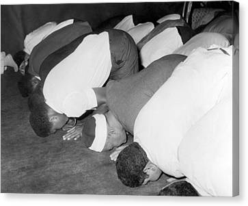 Mohammad Ali At Mosque Canvas Print by Underwood Archives