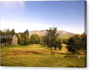 Canvas Print featuring the photograph Monadnock Pastoral by Gordon Ripley