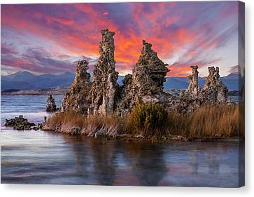 Mono Lake Tufa Sunset Canvas Print