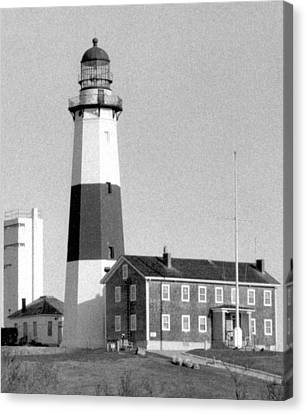 Montauk Light Black And White  Canvas Print by Christopher Kirby