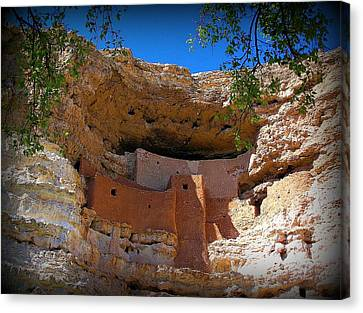 Montezuma Castle In Arizona Canvas Print by Jen White
