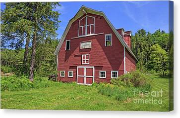 Montford Farm Red Barn Orford New Hampshire Canvas Print by Edward Fielding
