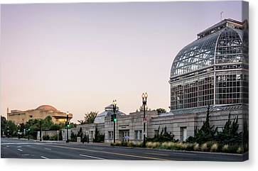 Canvas Print featuring the photograph Monument Museum And Garden by Greg Mimbs