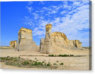 Monument Rocks In Kansas 2 Canvas Print