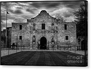 Moody Morning At The Alamo Bw Canvas Print by Jemmy Archer