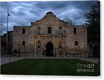 Moody Morning At The Alamo Canvas Print by Jemmy Archer
