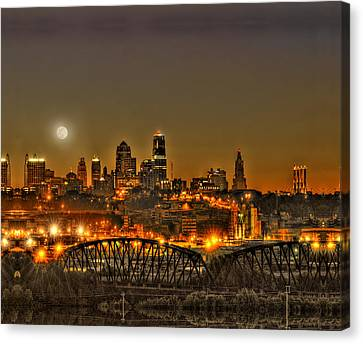 Moon Over Kansas City Mo Canvas Print by Don Wolf
